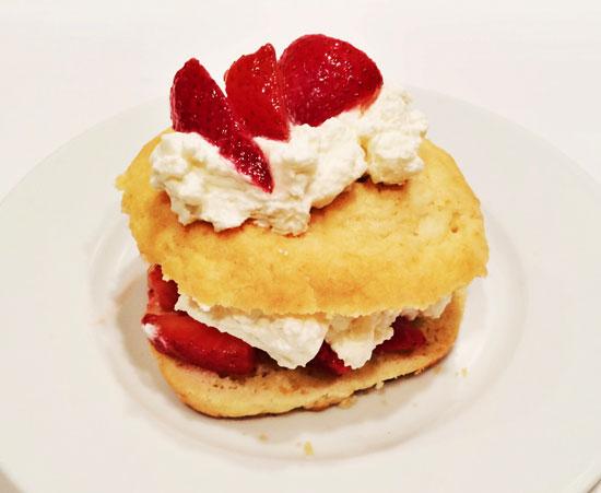 Final_strawberrycake