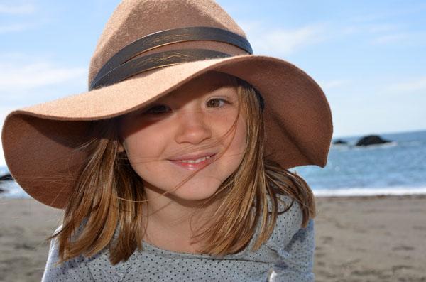 Audrey_hat